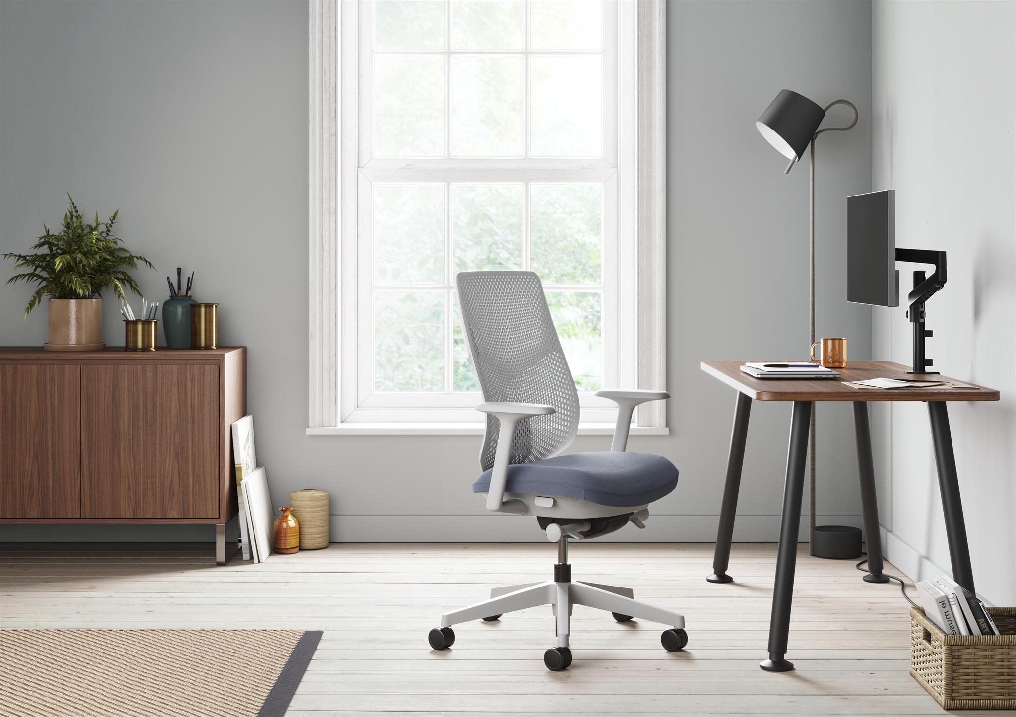 Krzesła i fotele biurowe Verus  - premiera Herman Miller na europejskim rynku